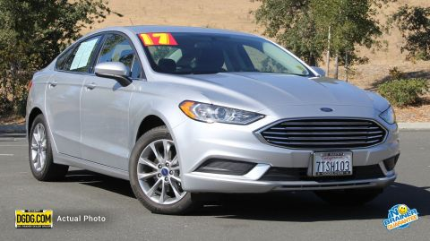 2017 Ford Fusion SE FWD 4dr Car