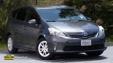 Pre-Owned 2014 Toyota Prius v